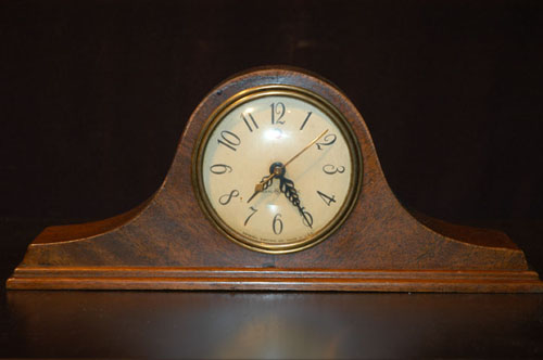 old-fashioned-clock-is-one-of-the-fair-fashion-apparel-for-Old-Fashion-you-13