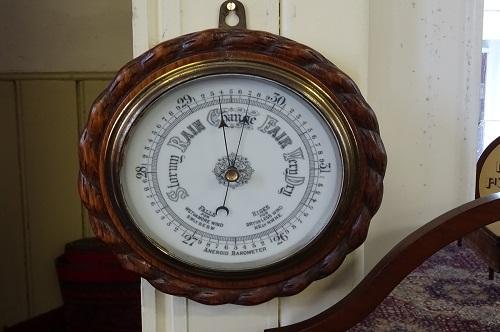 round-barometer-1